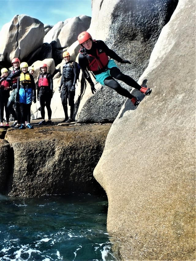 The incredible wall run, coasteering at Peninnis Head, St. Mary's