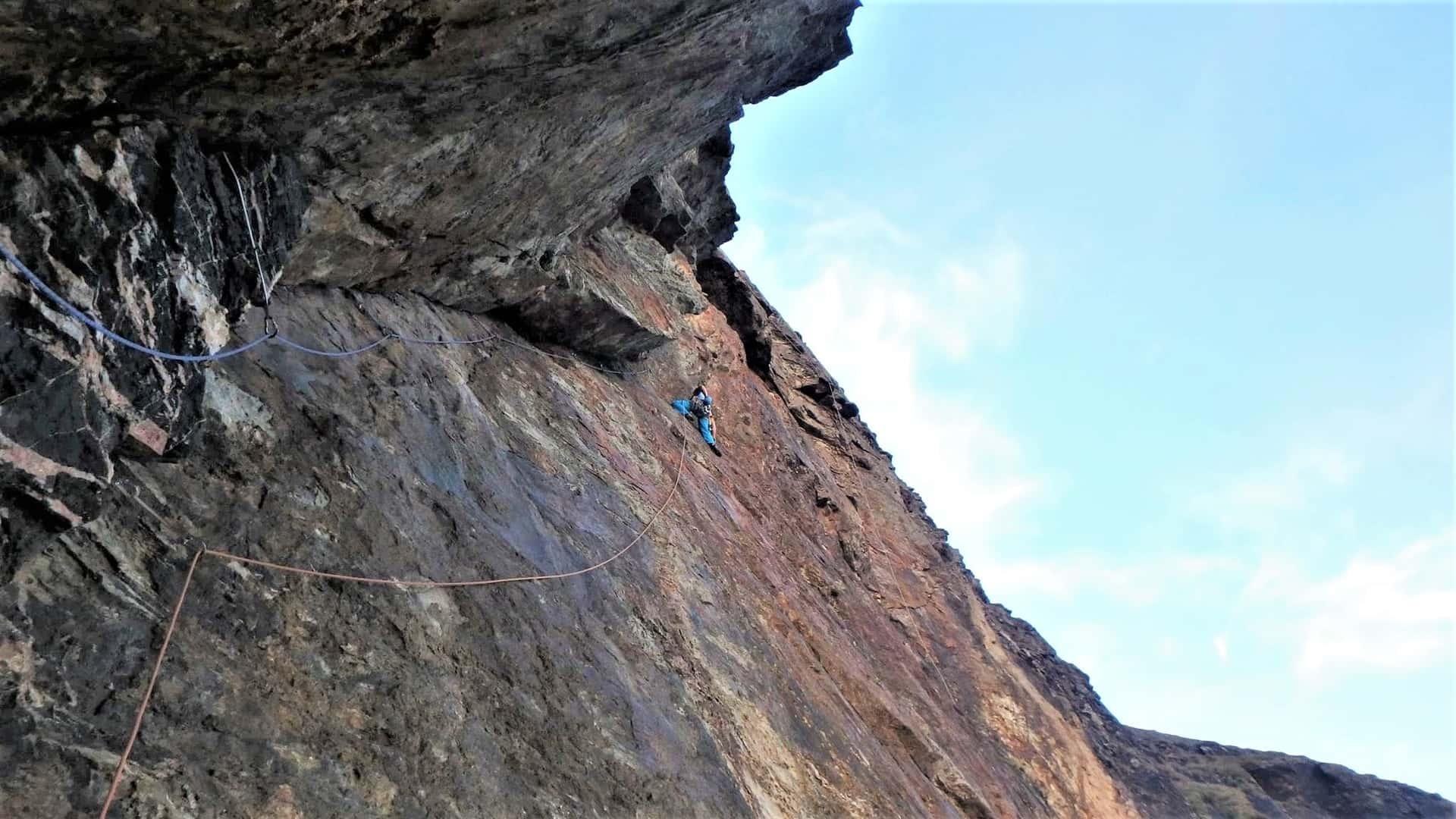 Climbing Mercury, E2, at Carn Gowla near St. Agnes in Cornwall