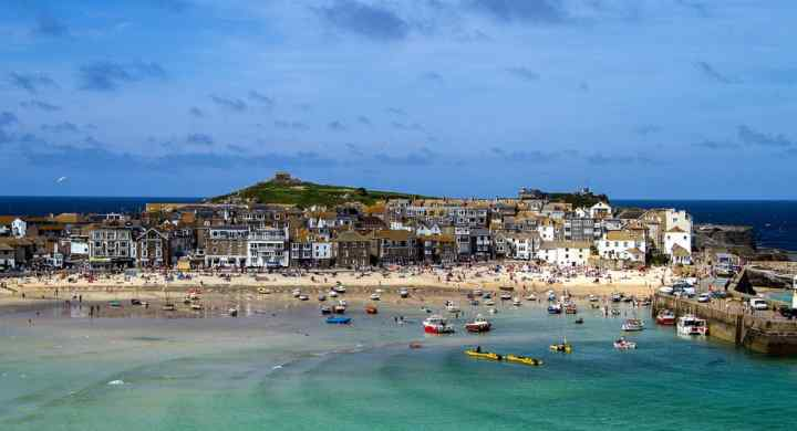 St. Ives town beach. Relax here after your coasteering adventure with Kernow Coasteering
